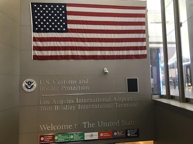 F1ビザ取得後、留学開始前にESTAでのアメリカ渡航は可能か?