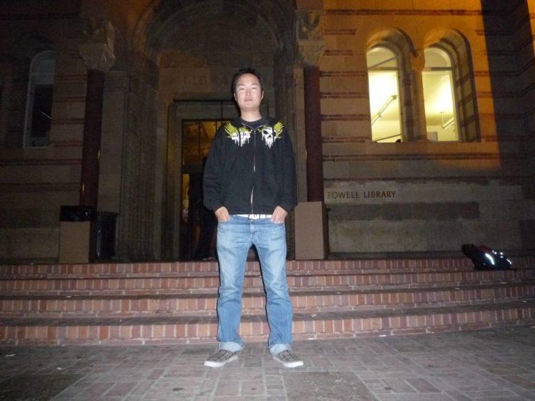 UCLAに留学したら、仰天イベント「パンツで走れ!」を体験せよ!